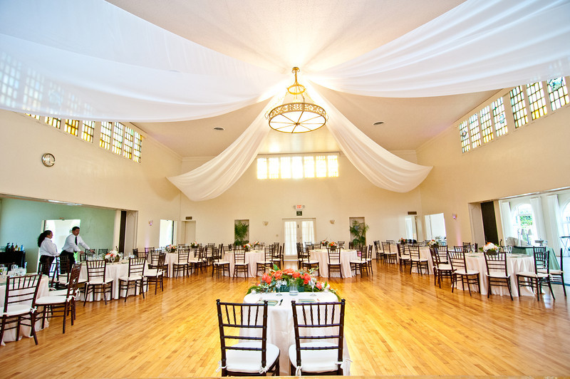 La Jolla Women's Club Ocean View wedding reception by Art Quest Catering and Events